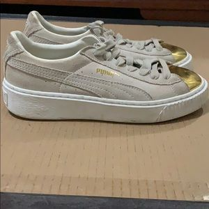 Women's Suede Platform Gold Fashion Sneaker